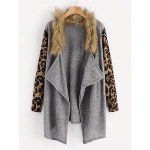 Sweaters - Leopard Fur neck Sweater